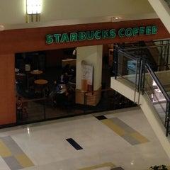 Photo taken at Starbucks by Alexandre S. on 3/7/2013