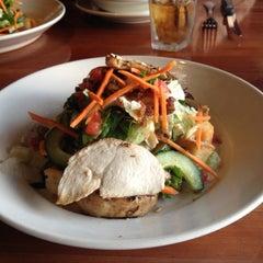 Photo taken at J Alexander's Restaurant by Ellen M. on 10/13/2012