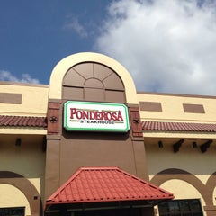 Photo taken at Ponderosa Steakhouse by Benjamin on 5/12/2013