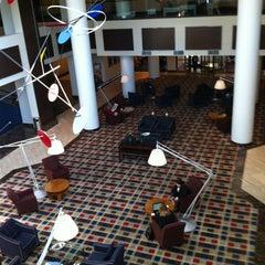 Photo taken at Hilton Meadowlands by Juan C V. on 11/9/2012