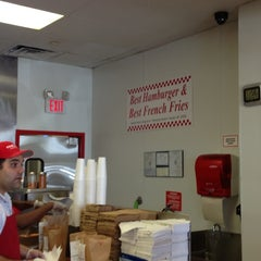 Photo taken at Five Guys by Davepbass on 10/25/2012