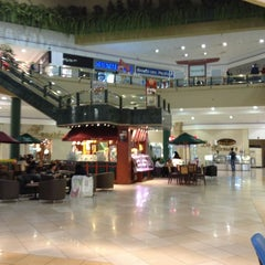 Photo taken at Centro Comercial El Bosque by bedomax C. on 1/24/2013