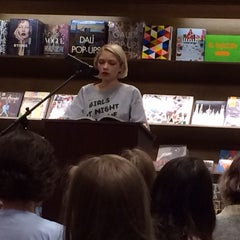 Photo taken at Barnes & Noble by Heather D. on 5/21/2015