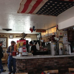 Photo taken at Del's Charcoal Burgers by Richard H. on 11/16/2012