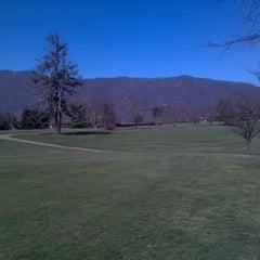 Photo taken at The Waynesville Inn Golf Resort & Spa by Stephen R. on 2/9/2013