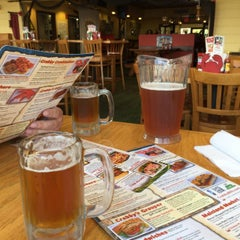 Photo taken at Crabby Bill's St. Cloud by David B. on 6/4/2015