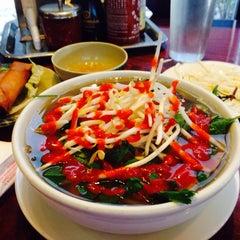 Photo taken at Pho Restaurant by Art E   ❤️2⛳️ on 1/21/2015