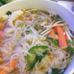 Photo taken at Phở 88 by Jeannette A. on 1/26/2013