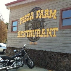 Photo taken at Pizza Farm by ChipandEmmy A. on 1/18/2014