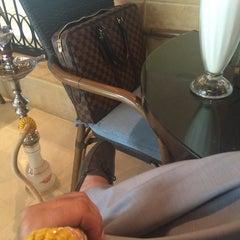 Photo taken at مقهى البنديره - Al Bindaira Café by SeCReT on 11/19/2014