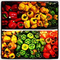 Photo taken at Supermercado Nacional by Hamilton F. on 2/27/2013