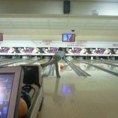 Photo taken at Hermitage Lanes by Joshua H. on 8/25/2012