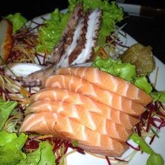 Photo taken at Sakanã Sushi & Hand Rolls by Claudio C. on 5/25/2012