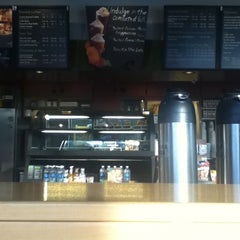 Photo taken at Starbucks by Victoria on 9/14/2011
