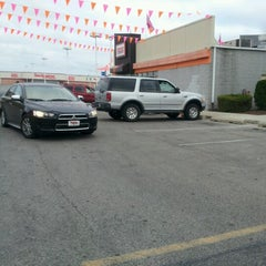 Photo taken at Dunkin' Donuts by Brittani R. on 6/17/2012