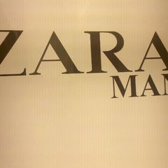 Photo taken at Zara by Henrique H. on 1/7/2012