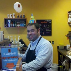 Photo taken at BIGGBY COFFEE by Biggby 23 VanDyke on 11/16/2011
