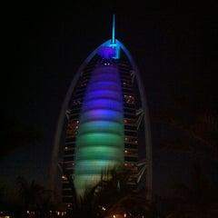 Photo taken at Jumeirah Beach Hotel فندق جميرا بيتش by Sergei G. on 3/21/2011
