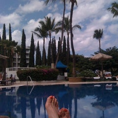 Photo taken at Kea Lani Adult Pool by lori r. on 9/6/2011