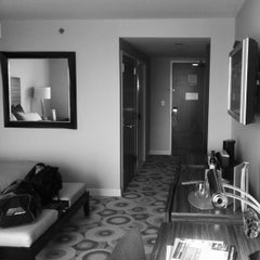 Photo taken at The Water Club at Borgata by zeusmannj on 4/9/2012