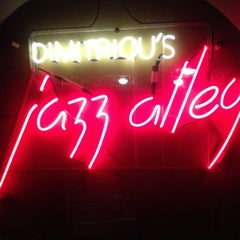 Photo taken at Dimitriou's Jazz Alley by Meredith on 8/19/2012