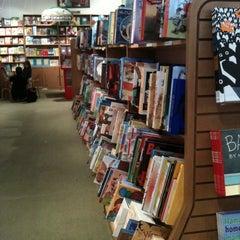 Photo taken at Books of Wonder by Bernadette B. on 9/17/2011