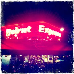 Photo taken at Beirut Express Edgware Rd by Nishit K. on 11/25/2011
