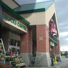 Photo taken at Dillons by Carolyn Q. on 5/30/2012