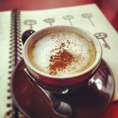 Photo taken at Telegraphe Café by lanamaniac on 9/5/2012