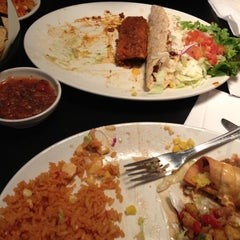 Photo taken at Chevys Fresh Mex by Nicole M. on 4/23/2012