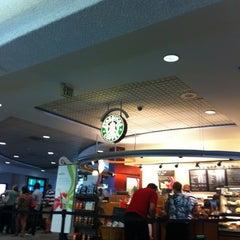 Photo taken at Starbucks by Jan K. on 8/10/2012