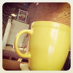 Photo taken at Grumpy's Restaurant by George B. on 4/6/2012
