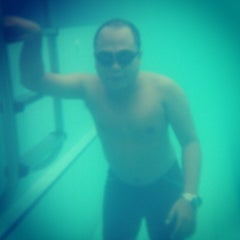 Photo taken at Sagara swimming pool by Yun H. on 12/14/2014