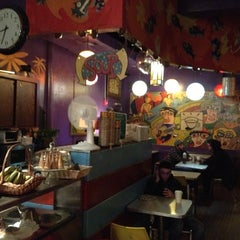 Photo taken at Beehive Coffeehouse by Isaac G. on 10/13/2012