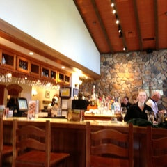 Photo taken at Olive Garden by Stephen H. on 5/27/2013