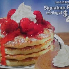 Photo taken at IHOP by Don O. on 10/20/2012