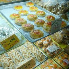 Photo taken at Eastern Bakery by Larry M. on 1/19/2013