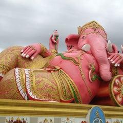 Photo taken at วัดสมานรัตนาราม (Wat Samanrattanaram) by Namz B. on 7/23/2013