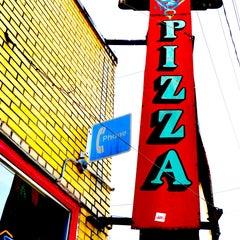 Photo taken at Grant Central Pizza by Intown Expert, Jennifer Kjellgren & Associates on 1/29/2013