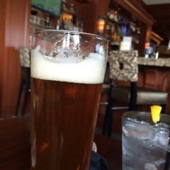 Photo taken at McCormick & Schmicks Seafood Restaurant by Ben C. on 7/16/2015