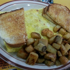 Photo taken at Mary Ann's Diner by Kevin M. on 1/20/2013