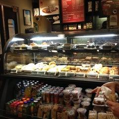 Photo taken at Starbucks by Luis P. on 11/12/2012