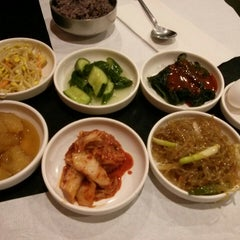 Photo taken at So Gong Dong Tofu House by Choon Yan T. on 7/14/2013