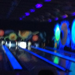Photo taken at New Roc n Bowl at Funfuzion New Roc City by Gabriel أ. on 3/3/2013