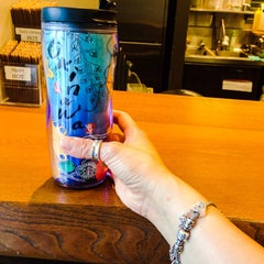 Photo taken at Starbucks Coffee 霞ダイニング店 by Sonia M. on 6/19/2015