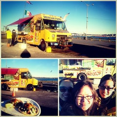 Photo taken at Ixtapa Mexican Taco Truck by Dayene on 1/27/2013