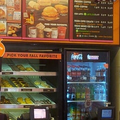 Photo taken at Dunkin Donuts by Ashley W. on 10/20/2013