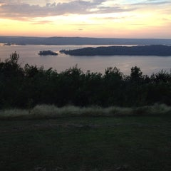 Photo taken at The Lodge At Lake Guntersville State Park by Rachel M. on 10/11/2014