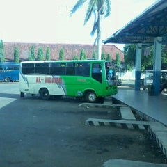 Photo taken at Terminal Bus Cilacap by Windu T. on 1/30/2013