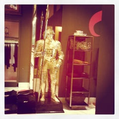 Photo taken at Juicy Couture by Nachiket S. on 2/1/2013